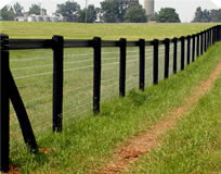 non-climb horse fence with Centaur HTP® on top